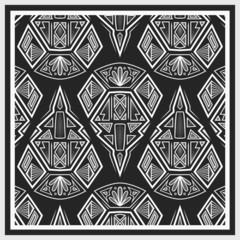 Bandana design with geometrical elements