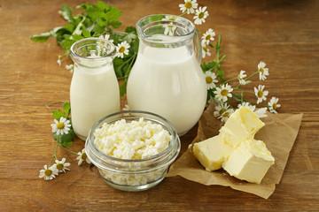 Foto auf AluDibond Milchprodukt assortment of dairy products (milk, butter, sour cream, yogurt) rustic still life