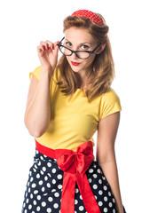 Pinup Mädchen mit schwarzer Brille