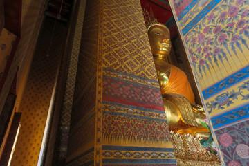 Big golden buddha image