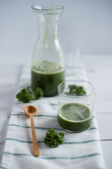 green smoothie with pear and kale