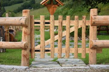 Cancelletto In Legno : Cancello cancelletto pedonale diritto staccionata steccato legno