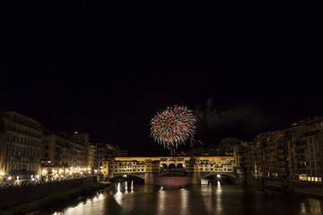 Fuochi artificiali a Firenze per la festa di San Giovanni