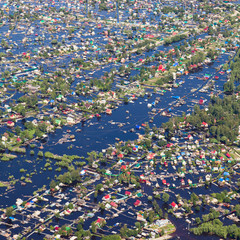 Flooded terrain in lowlend of Great river