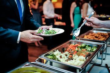 warme speisen buffet