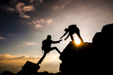 dağcı tırmanış ve yardımlaşması