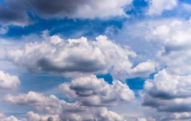 Foto op Plexiglas Hemel The combination of the clouds before the rain.