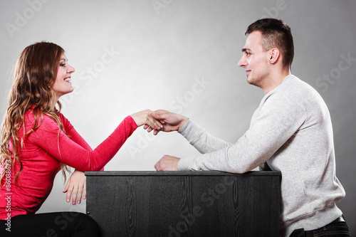 The first meeting online dating