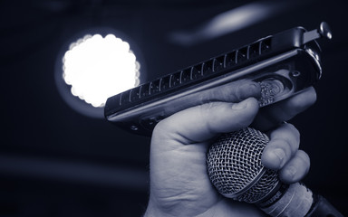 Retro blues harmonica and microphone Fotomurales