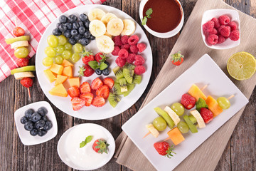 assorted fruits and dip