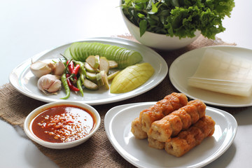 Vietnamese meatball wraps with vegetables (Nam-Neaung)