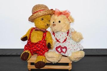 Teddy bears; teddy bear Morulet in love