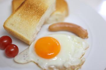朝食 軽食 イメージ