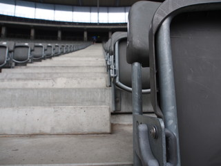 Sedili all'interno dello stadio olimpico a Berlino; Berlin olympic stadium's seats