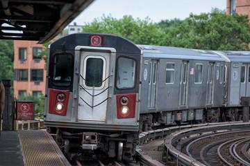 new york metro train tracks