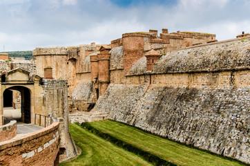 Festung salses le chateau in Roussillon Fototapete