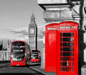 Fotomurales - London with red buses against Big Ben in England, UK