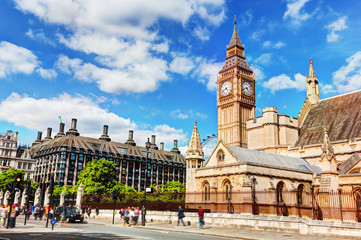 Wall Mural - Big Ben, the Palace of Westminster and Portcullis house in London, the UK