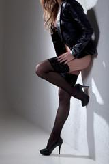nackte Frauen mit tollen Beinen