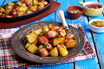 Potatoes with sausages