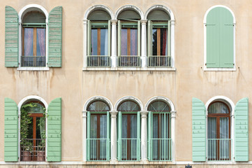 Fototapete - Classic residential building in Venice, Italy