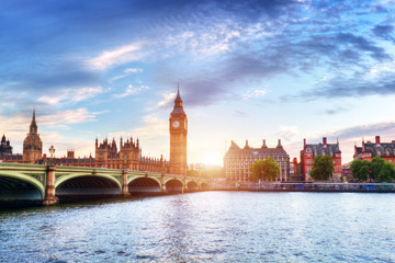 Wall Mural - Big Ben, Westminster Bridge on River Thames in London, the UK at sunset