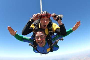Skydiving tandem no eyes
