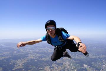Skydiver freefall maneuvers Skydiving landscape