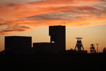 sunset coal mint
