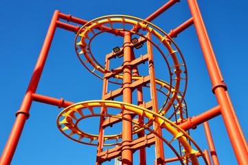 Trommellift eines Inverted Coaster