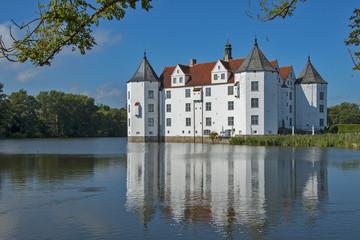 castle watercastle Glücksburg