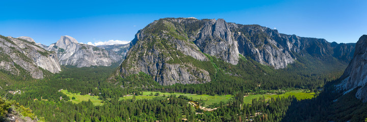 Wall Mural - Yosemite National Park panorama from Columbia Rock