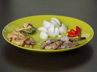thai seafood ingridients on the plate