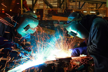 The working in Welding skill up use in product part automotiv