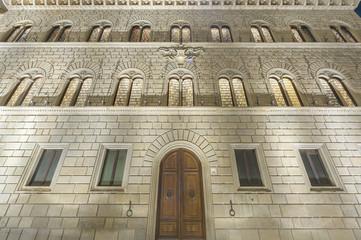 Fototapete - Medieval building in Siena, Tuscany, Italy