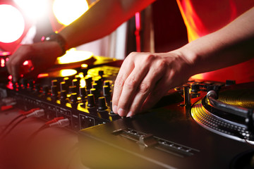 DJ, taniec i rytm