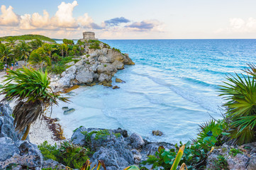 Mayan castle, God of Winds Temple, on the rock over the ocean in Tulum, Yucatan, Mexico