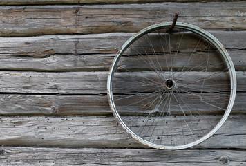 Photo sur Aluminium Old bicycle wheel