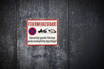 Schild Parkverbot Feuerwehrzufahrt