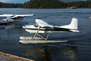 Wasserflugzeuge im Hafen
