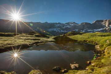 le soleil se léve sur les Pyrénées