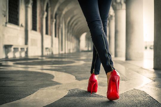 Walk in Venice in red high heels