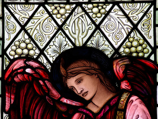 Fototapete - An angel in stained glass
