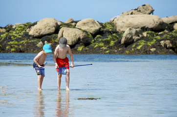 enfants Bretagne pêche