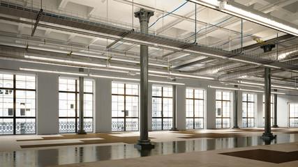 Old empty industrial loft - Altes Industrie Loft unmöbliert