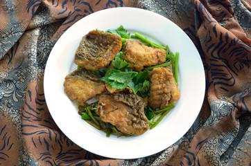 stir fried sea bass with celery