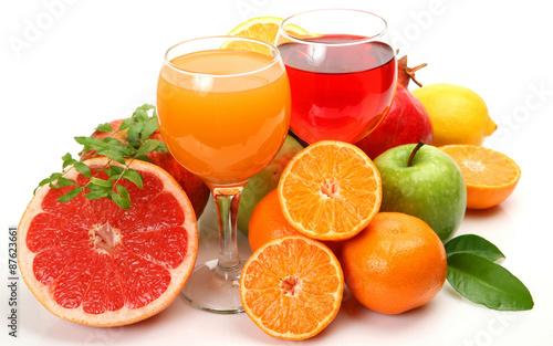 еда напитки лайм лимон апельсин клубника вишня коктейль food drinks lime lemon orange strawberry cherry cocktail  № 2154675 без смс