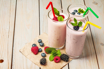 yogurt berries