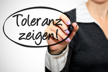 Anzeige - Toleranz zeigen!