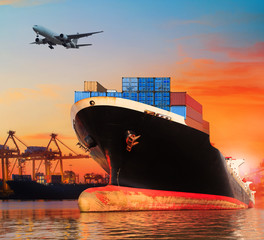 bic commercial ship in import,export pier use for vessel transpo